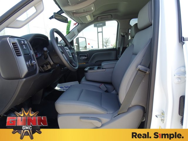 2018 Sierra 2500 Crew Cab, Pickup #G80150 - photo 10