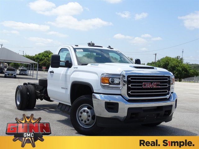 2018 Sierra 3500 Regular Cab DRW 4x4,  Cab Chassis #G80234 - photo 3