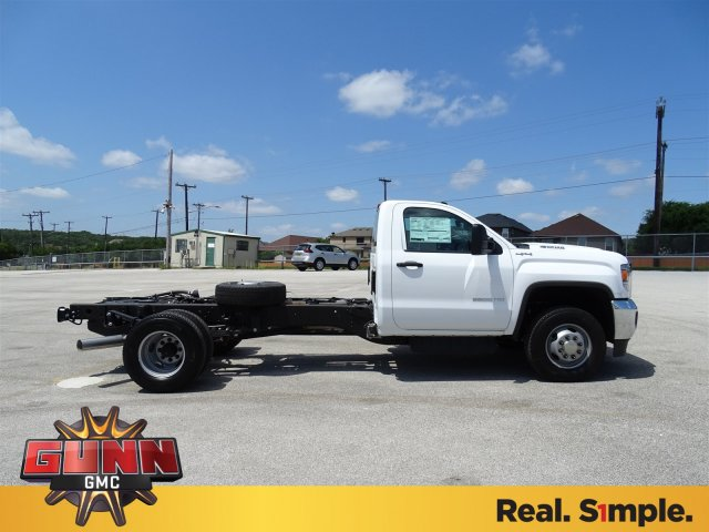 2018 Sierra 3500 Regular Cab DRW 4x4,  Cab Chassis #G80234 - photo 4