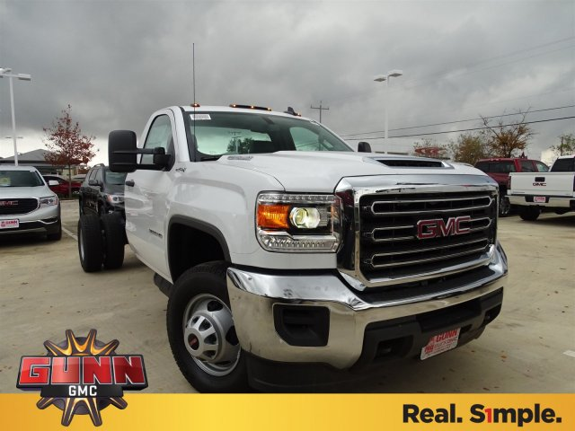 2018 Sierra 3500 Regular Cab DRW 4x4,  Cab Chassis #G80243 - photo 3