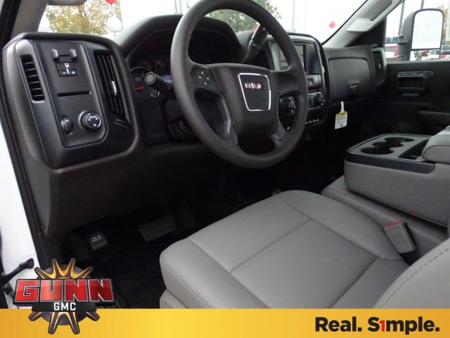 2018 Sierra 3500 Regular Cab DRW 4x4, Cab Chassis #G80243 - photo 10