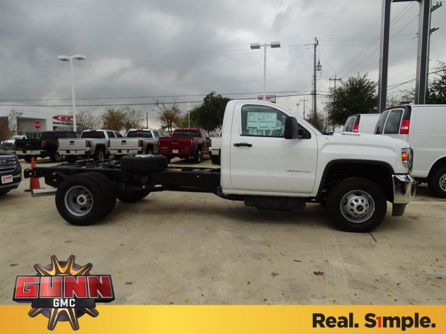 2018 Sierra 3500 Regular Cab DRW 4x4,  Cab Chassis #G80243 - photo 4