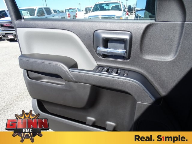 2018 Sierra 3500 Crew Cab DRW 4x4, Cab Chassis #G80356 - photo 13