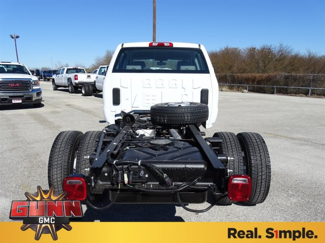 2018 Sierra 3500 Crew Cab DRW 4x4, Cab Chassis #G80356 - photo 6