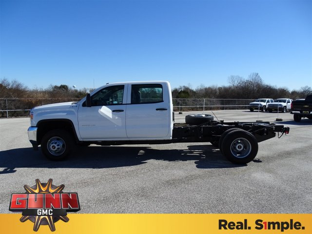 2018 Sierra 3500 Crew Cab DRW 4x4, Cab Chassis #G80356 - photo 8