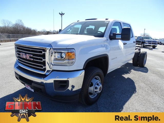 2018 Sierra 3500 Crew Cab DRW 4x4, Cab Chassis #G80356 - photo 1