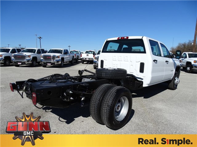 2018 Sierra 3500 Crew Cab DRW 4x4, Cab Chassis #G80356 - photo 5