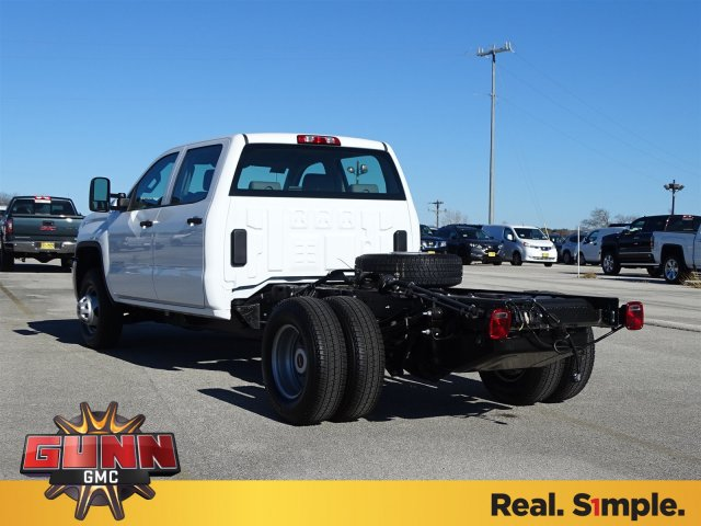 2018 Sierra 3500 Crew Cab DRW 4x4, Cab Chassis #G80407 - photo 2