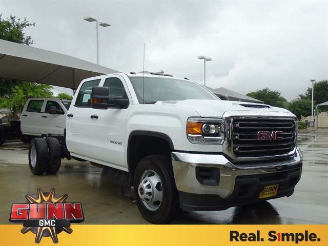 2018 Sierra 3500 Crew Cab DRW,  Cab Chassis #G80885 - photo 3