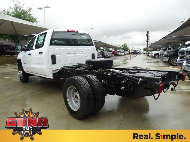 2018 Sierra 3500 Crew Cab DRW,  Cab Chassis #G80885 - photo 2