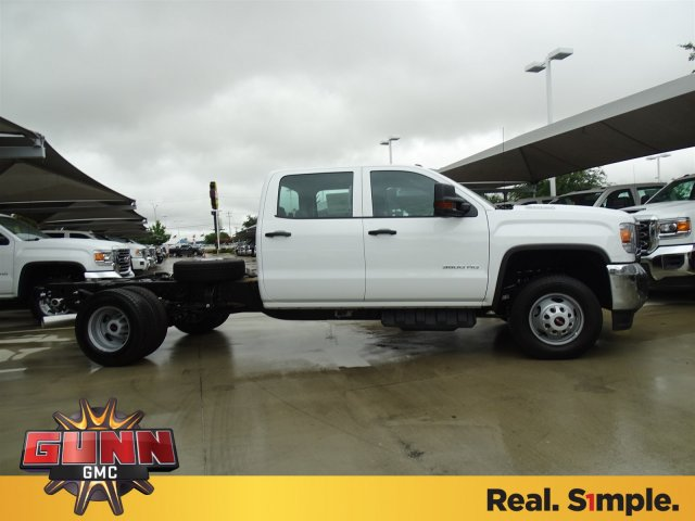 2018 Sierra 3500 Crew Cab DRW,  Cab Chassis #G80886 - photo 4