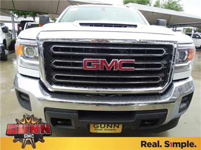 2018 Sierra 3500 Crew Cab DRW,  Cab Chassis #G80886 - photo 8