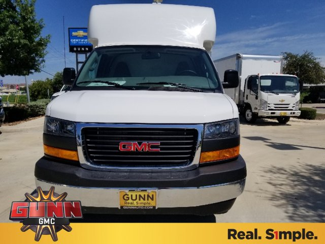 2018 Savana 3500 4x2,  Supreme Cutaway Van #G81066 - photo 8