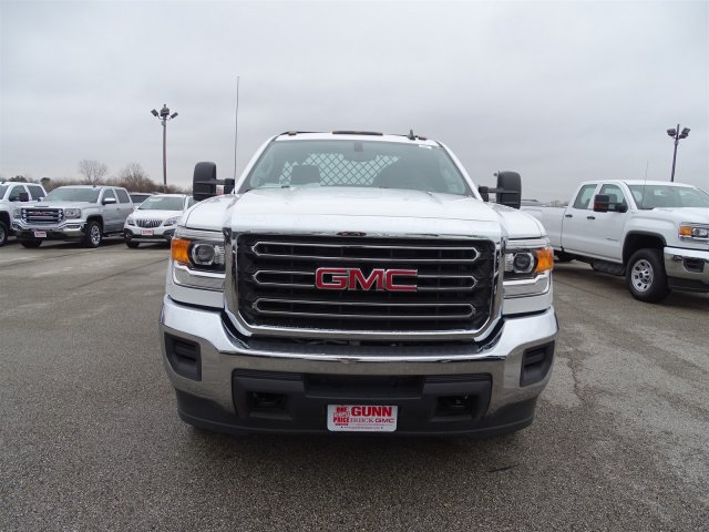 2015 Sierra 3500 Regular Cab, Platform Body #GT70490 - photo 8