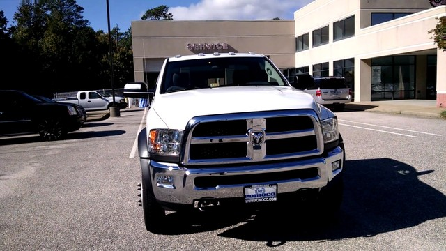 2017 Ram 5500 Regular Cab DRW, Cab Chassis #R17703 - photo 5