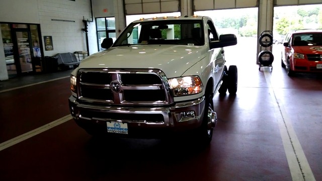 2017 Ram 3500 Regular Cab DRW Cab Chassis #R17704 - photo 4