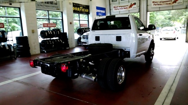 2017 Ram 3500 Regular Cab DRW Cab Chassis #R17704 - photo 7