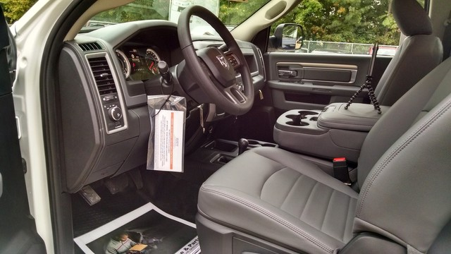 2017 Ram 3500 Regular Cab DRW 4x4, Cab Chassis #R17720 - photo 16
