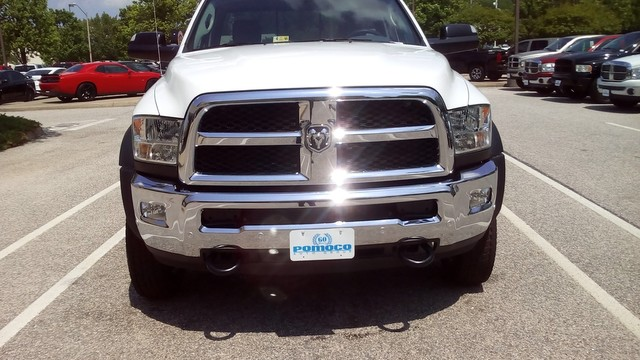 2017 Ram 4500 Regular Cab DRW 4x4, Cab Chassis #R17823 - photo 3