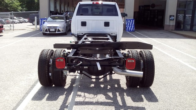 2017 Ram 5500 Regular Cab DRW 4x4 Cab Chassis #R17824 - photo 14