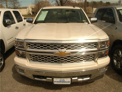 2015 Silverado 1500 Crew Cab, Pickup #R18007A - photo 3