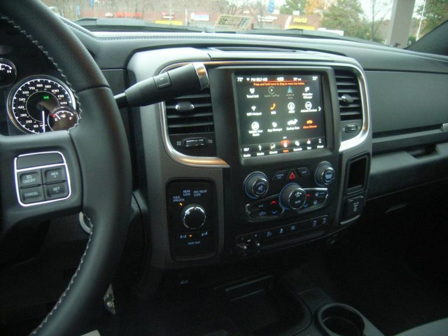 2018 Ram 2500 Crew Cab 4x4, Pickup #R18705 - photo 22