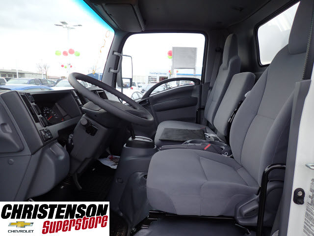 2016 LCF 3500 Regular Cab, Supreme Dry Freight #61547 - photo 8