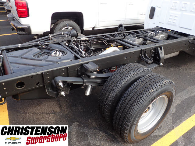 2017 Silverado 3500 Regular Cab DRW 4x4 Cab Chassis #70677 - photo 6