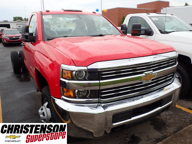 2017 Silverado 3500 Regular Cab DRW Cab Chassis #70723 - photo 3