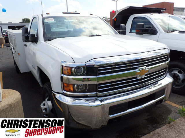 2017 Silverado 3500 Regular Cab 4x4, Knapheide Service Body #70848 - photo 3