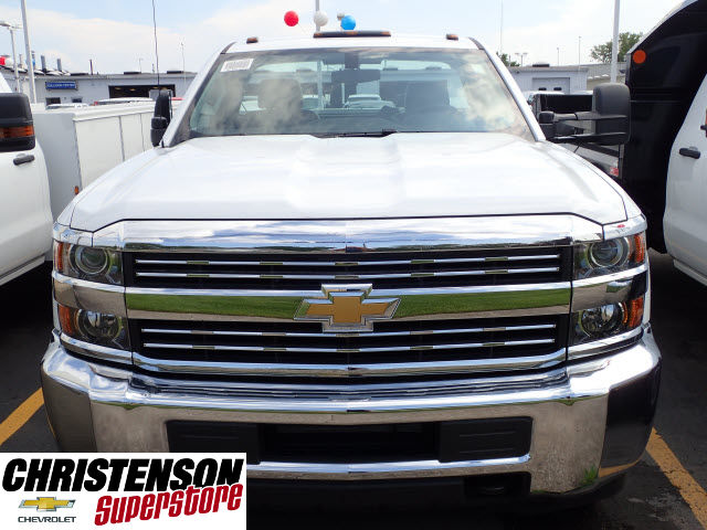 2017 Silverado 3500 Regular Cab 4x4, Knapheide Service Body #70848 - photo 4