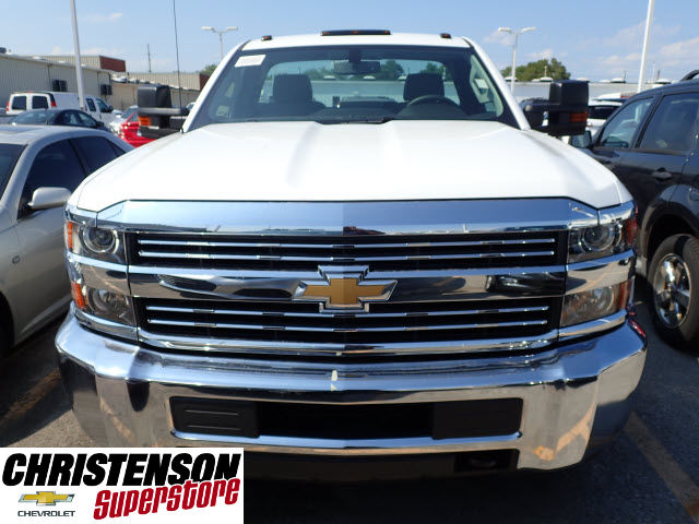 2017 Silverado 3500 Regular Cab DRW 4x4 Cab Chassis #70856 - photo 4
