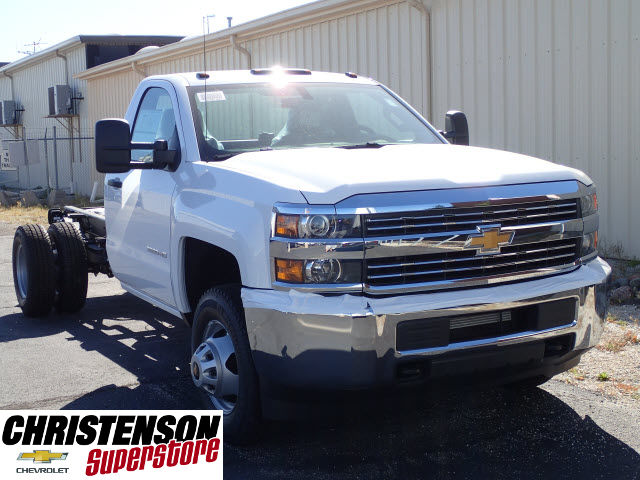 2018 Silverado 3500 Regular Cab DRW Cab Chassis #80199 - photo 3