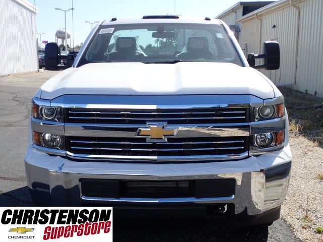 2018 Silverado 3500 Regular Cab DRW Cab Chassis #80199 - photo 4