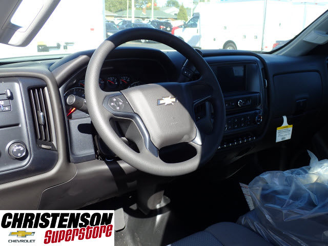 2018 Silverado 3500 Regular Cab DRW Cab Chassis #80199 - photo 7