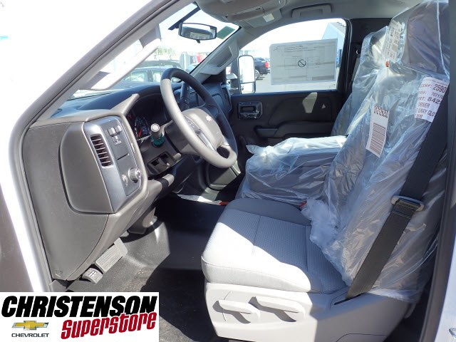 2018 Silverado 3500 Regular Cab DRW Cab Chassis #80199 - photo 8