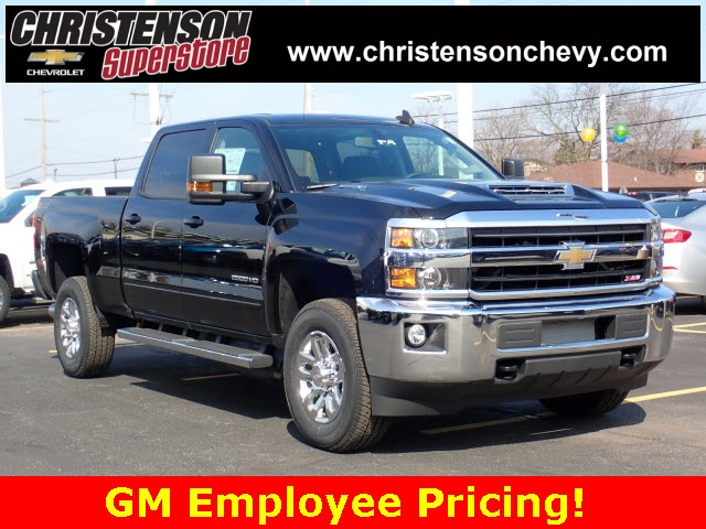 2018 Silverado 2500 Crew Cab 4x4,  Pickup #80900 - photo 4