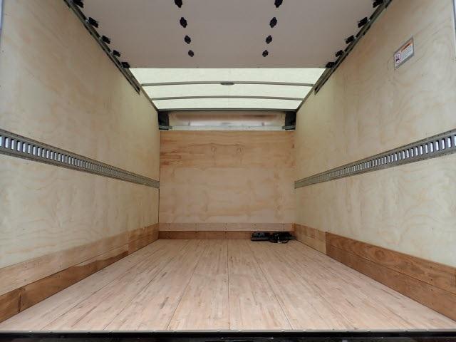 2018 LCF 3500 Regular Cab 4x2,  Morgan Fastrak Dry Freight #80998 - photo 8