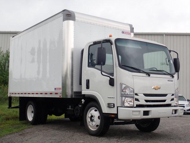 2018 LCF 4500 Regular Cab 4x2,  Morgan Fastrak Dry Freight #81012 - photo 4