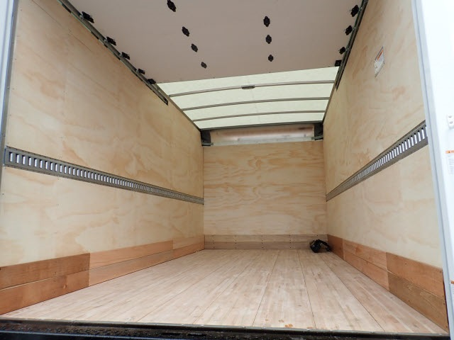 2018 LCF 4500 Regular Cab,  Morgan Fastrak Dry Freight #81092 - photo 8