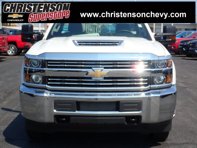 2018 Silverado 3500 Regular Cab DRW 4x4,  Monroe MSS II Service Body #81300 - photo 4