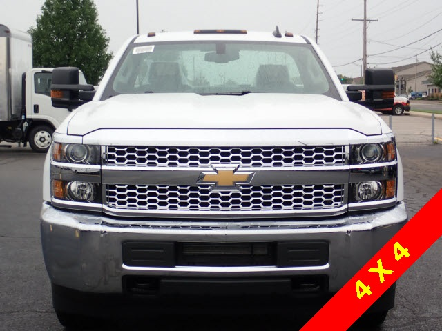 2019 Silverado 3500 Regular Cab DRW 4x4,  Knapheide Service Body #90035 - photo 3