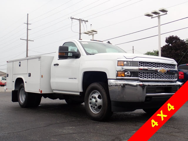 2019 Silverado 3500 Regular Cab DRW 4x4,  Knapheide Service Body #90035 - photo 4