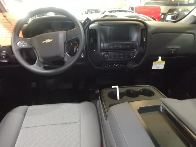 2019 Silverado 3500 Crew Cab DRW 4x4,  Reading Service Body #90312 - photo 6