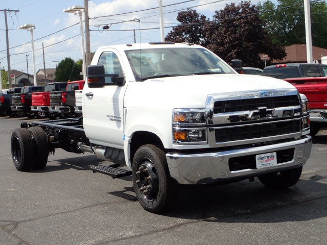 2019 Silverado Medium Duty DRW 4x2,  Cab Chassis #90953 - photo 1