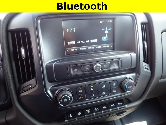 2019 Silverado 4500 Regular Cab DRW 4x4,  Reading Panel Service Body #91055 - photo 10