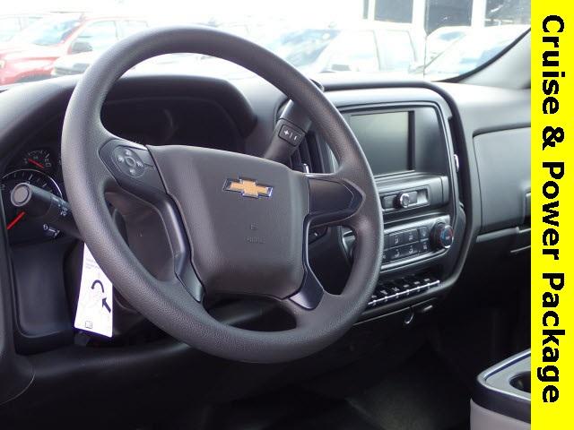 2019 Silverado 4500 Regular Cab DRW 4x4,  Reading Panel Service Body #91055 - photo 6