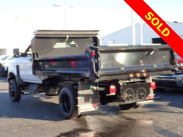 2019 Chevrolet Silverado 5500 Regular Cab DRW 4x4, Crysteel Dump Body #HL91148 - photo 1
