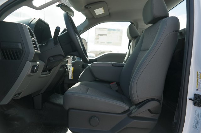 2018 F-350 Regular Cab 4x4,  Pickup #B89381 - photo 5