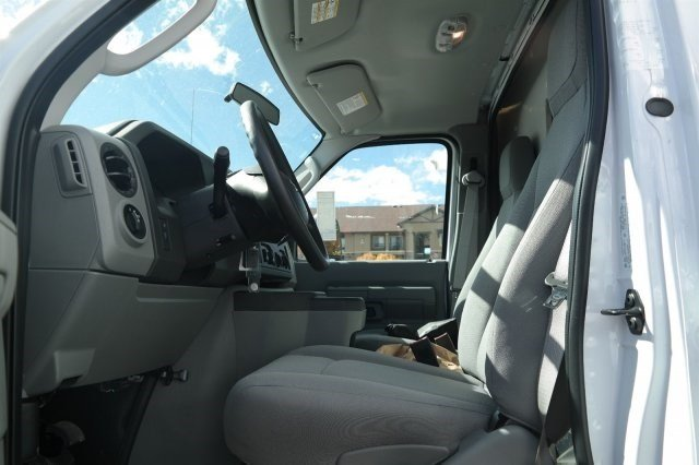 2017 E-450, Supreme Cutaway Van #C16453 - photo 7